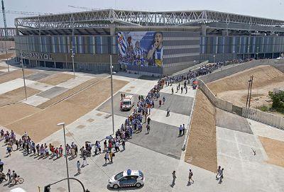 Español-Estadio_Luto-x-Jarque